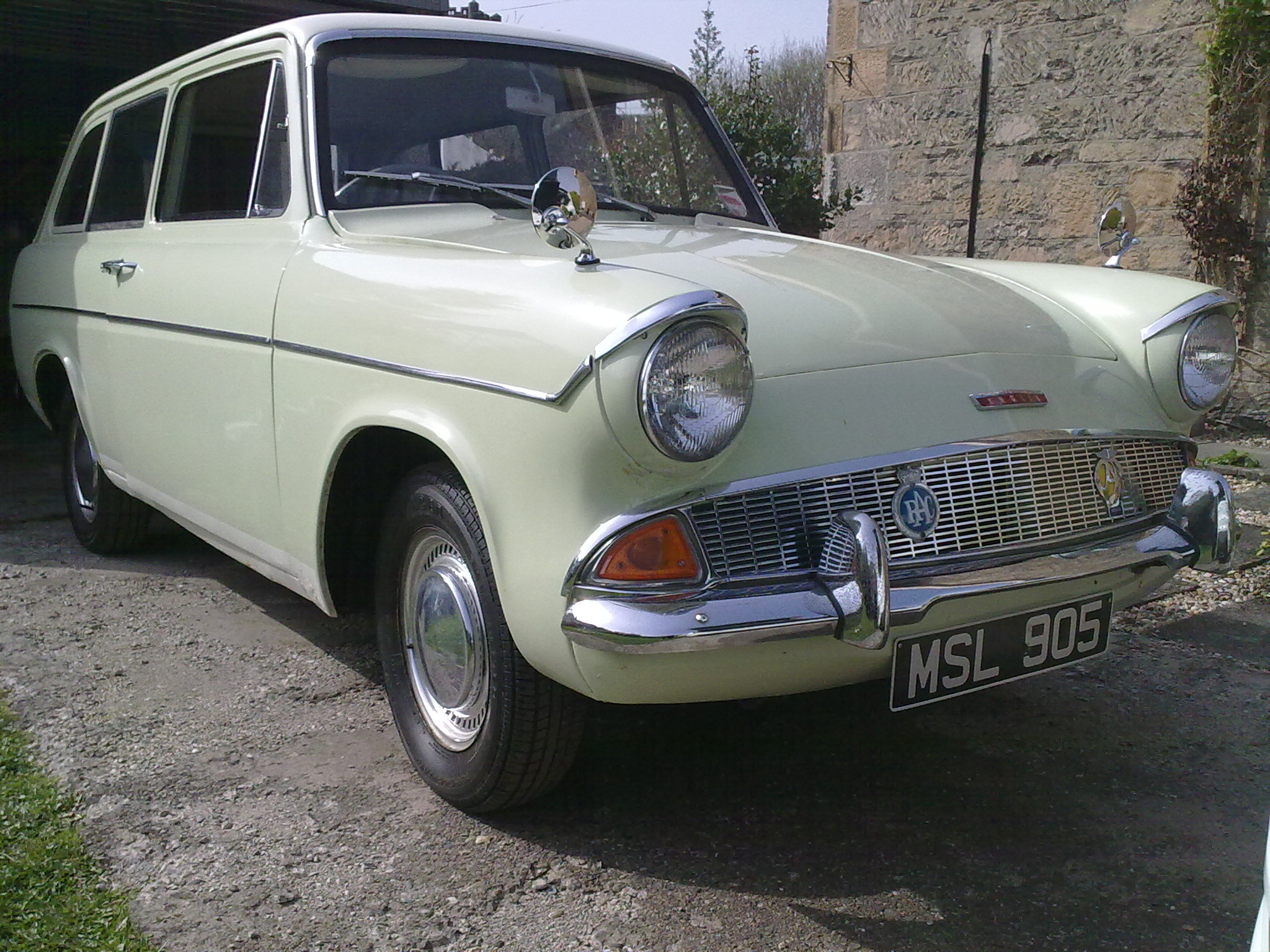 Ford, Anglia 105e Deluxe